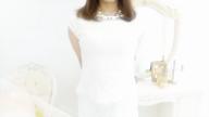 「☆色白おっとり系【りか奥様】☆」01/06(土) 12:11   りかの写メ・風俗動画