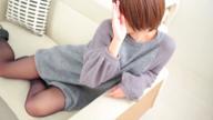 「人気沸騰!ドMな妹系ロリ美少女☆かおるちゃん♪」11/16(金) 14:41   かおるの写メ・風俗動画