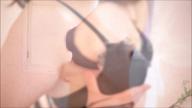 「激濡れパイパン妻との濃厚プレイ」11/18(日) 04:34   みく・ドMな激濡れ人妻の写メ・風俗動画