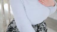 「美乳の巨乳は小柄でFカップ!美白美肌のおっとり美人【ももか】」03/24(日) 13:12   ももかの写メ・風俗動画