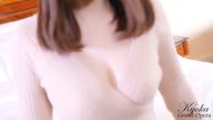 「京華(きょうか)〔25歳〕綺麗系のルックス」05/25(月) 16:36 | 京華(きょうか)の写メ・風俗動画