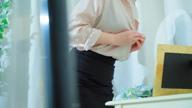 「癒し系フェロモン美女♪【涼-ryo-】誘惑Fカップボディは圧巻です!!」11/16(月) 21:32   涼-ryo-の写メ・風俗動画