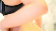 「絶対的美少女で完全素人の『あやの』ちゃん!!」12/18(月) 02:00 | あやのの写メ・風俗動画